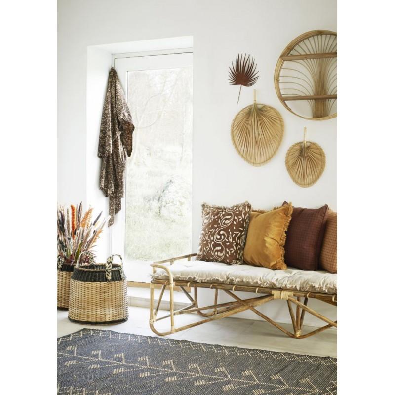 Velvet cushion cover w/ fringes